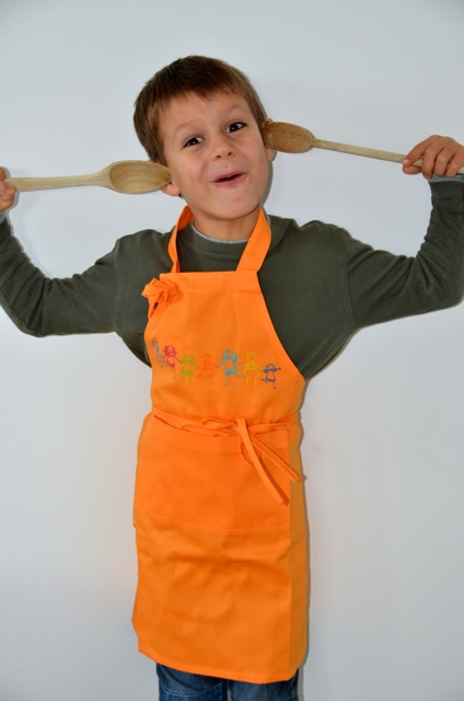 Tablier cuisine pour petit gar on ou fille orange for Tablier cuisine fille